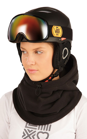 Fleecová kukla lyžiarska.