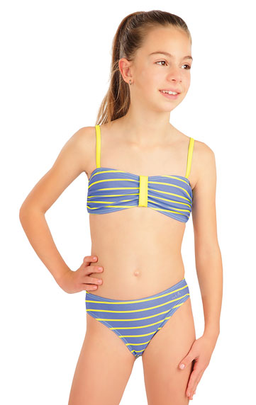 Dievčenské plavkové nohavičky stredne vysoké.