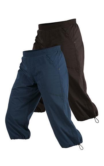 Nohavice pánske v 3/4 dĺžke.