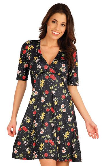 Šaty a sukne > Šaty dámske s krátkym rukávom. 5A055